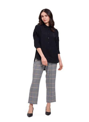 Mizalle Mızalle Dantel Detaylı Gömlek Bluz  Siyah